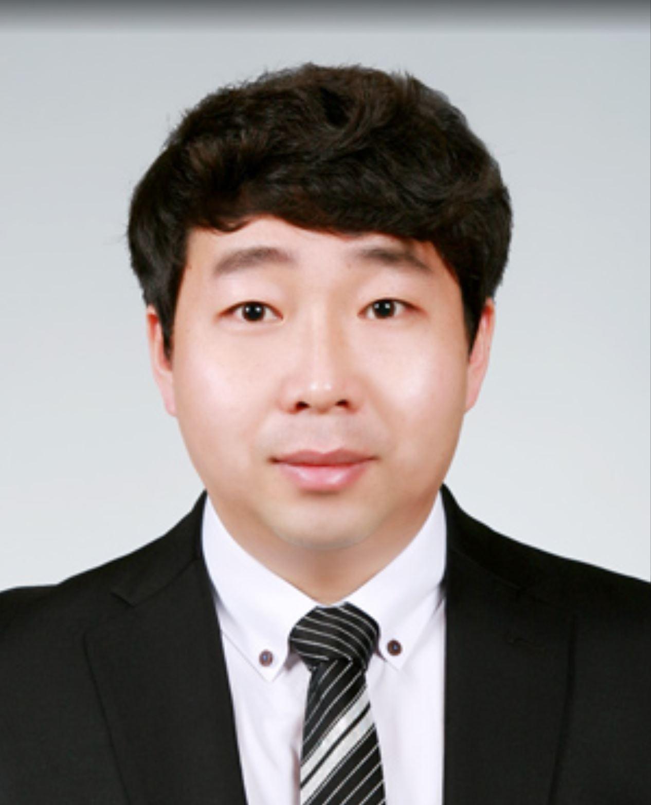 Sang-Hee Park photo 1